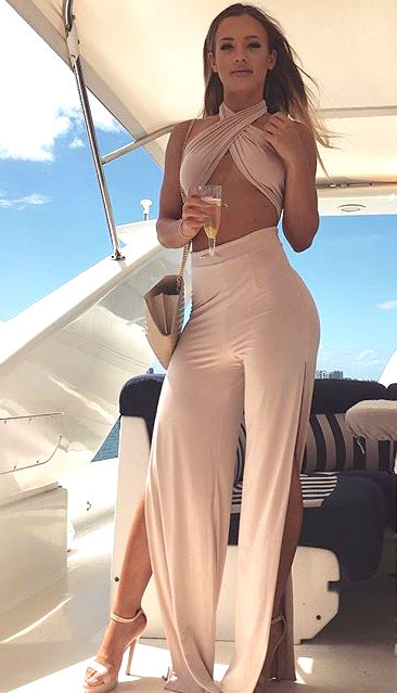 Tammy Hembrow travel