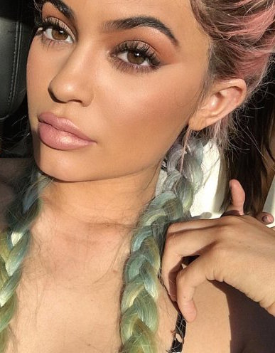 Kylie Jenner New Lips